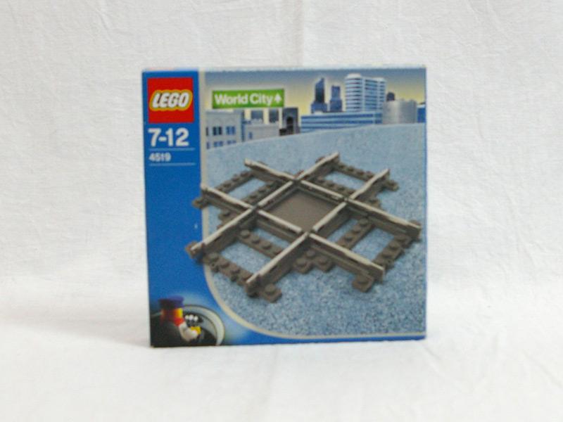 #4519 レゴ 9V十字レール