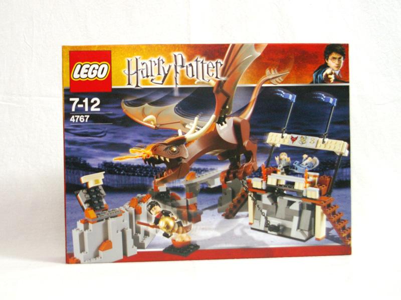 #4767 レゴ  ハリーとハンガリー・ホーンテール
