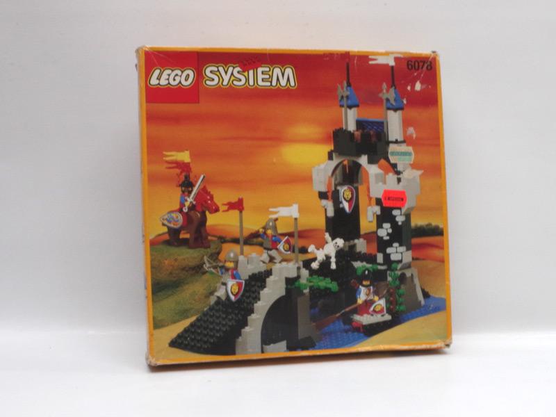 #6078 レゴ ガイコツの塔