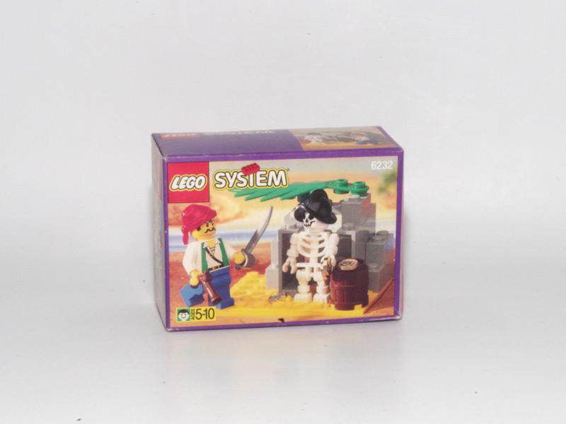 #6232 レゴ ガイコツと海ぞく
