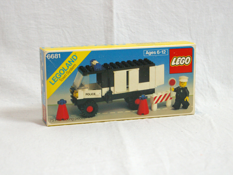 #6681 レゴ 交通警察車