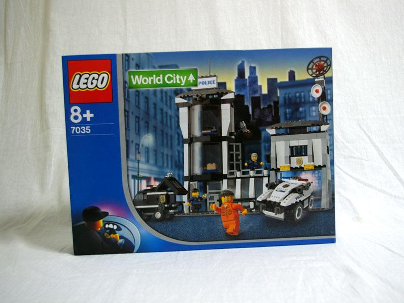 #7035 レゴ 警察本部