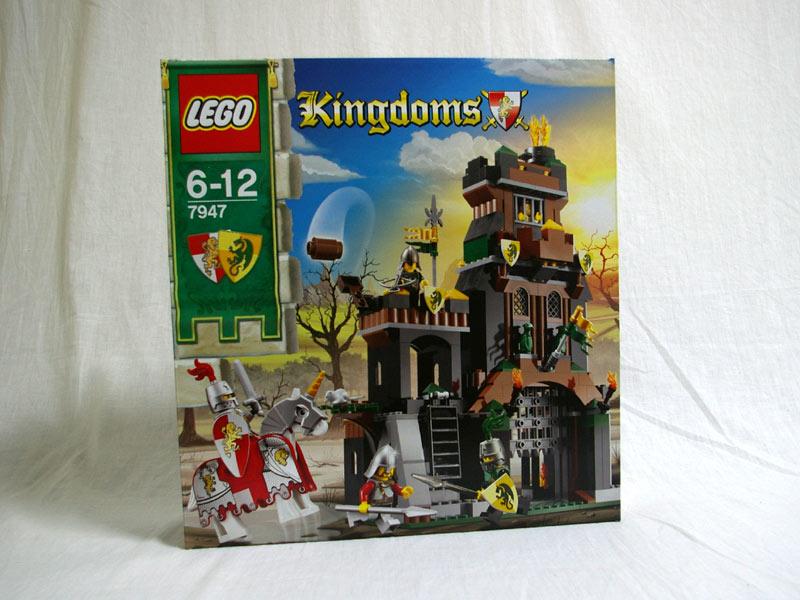 #7947 レゴ ドラゴン・ナイトの塔