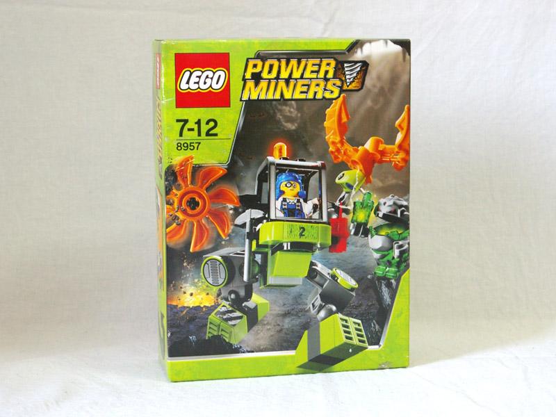 #8957 レゴ マイナーズ・メカ(パワー・マイナーズ2号)