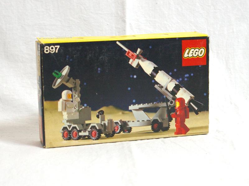 #897 レゴ 移動ロケット発射台