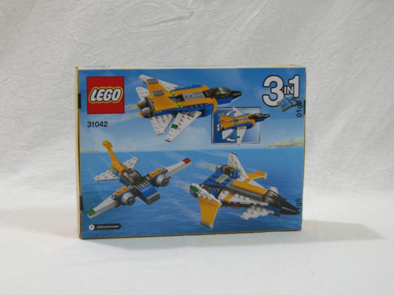 #31042 レゴ スーパーグライダー 背面の写真