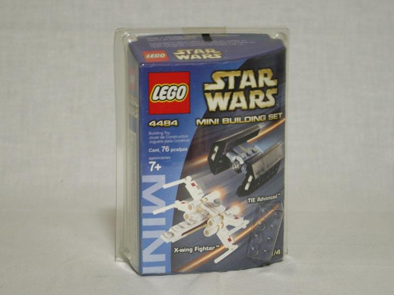 #4484 レゴ ミニ Xウイングとタイ・アドバンス 正面の画像