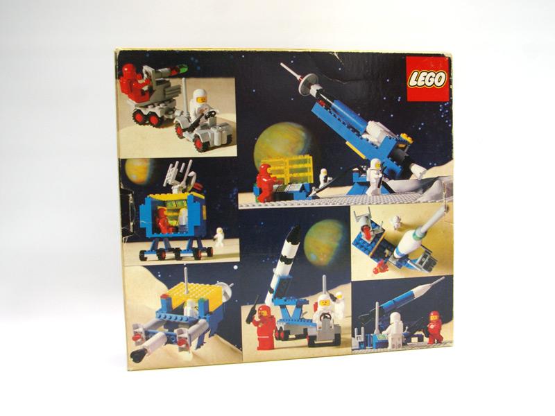 #483 レゴ ロケット発射基地 背面の写真