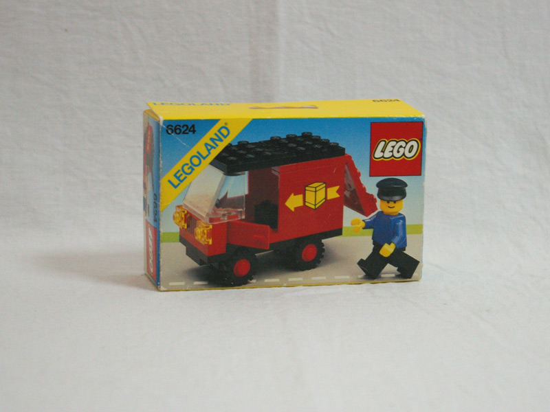 #6624 レゴ 配送車 正面の画像