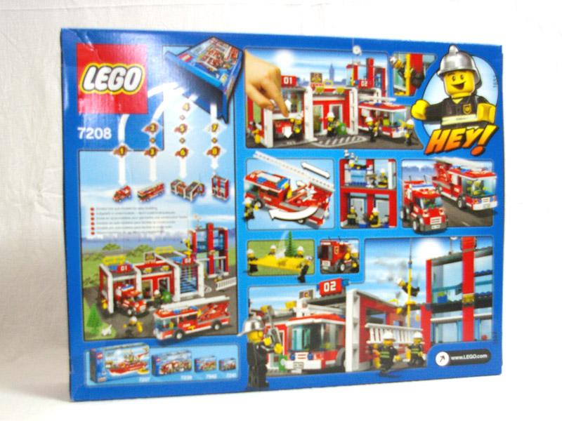 #7208 レゴ 消防署 背面の写真