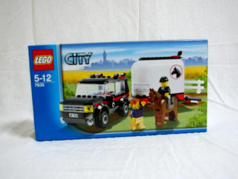 #7635 レゴ ホーストレーラー付きの4WD