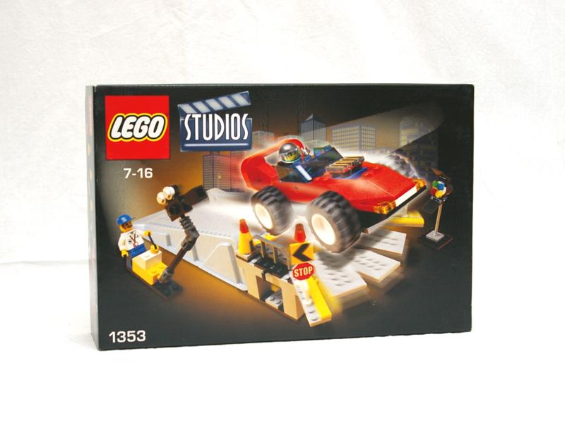 #1353 レゴ カースタントスタジオ