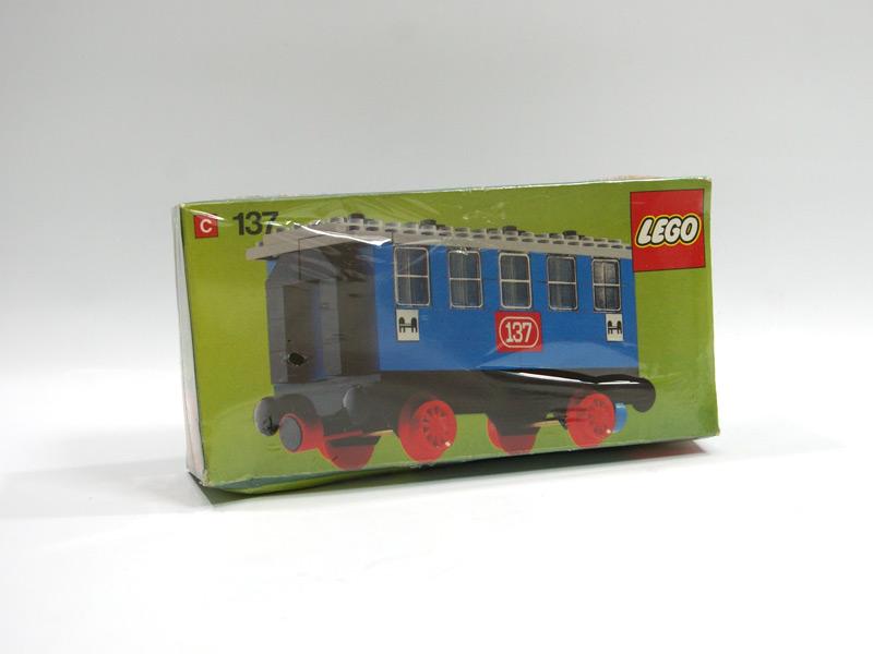#137 レゴ 客車