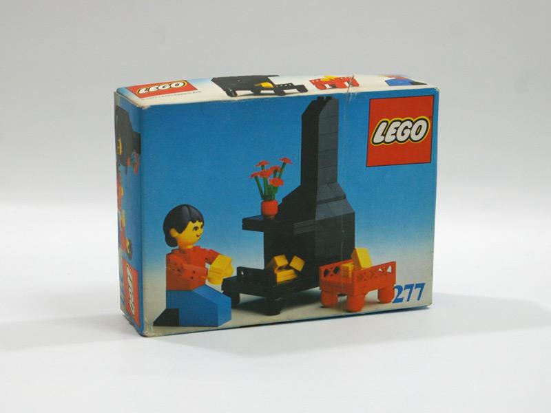 #277 レゴ 人形の家 暖炉