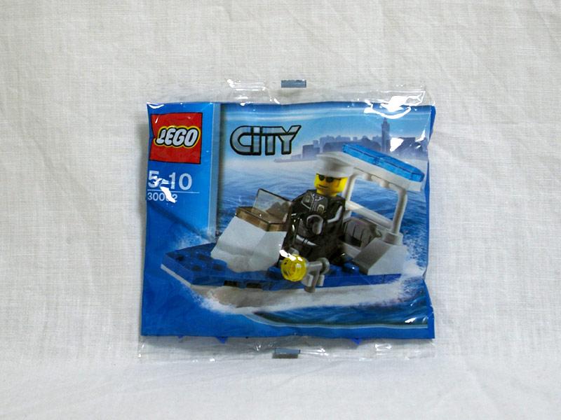 #30002 レゴ 警察ボート