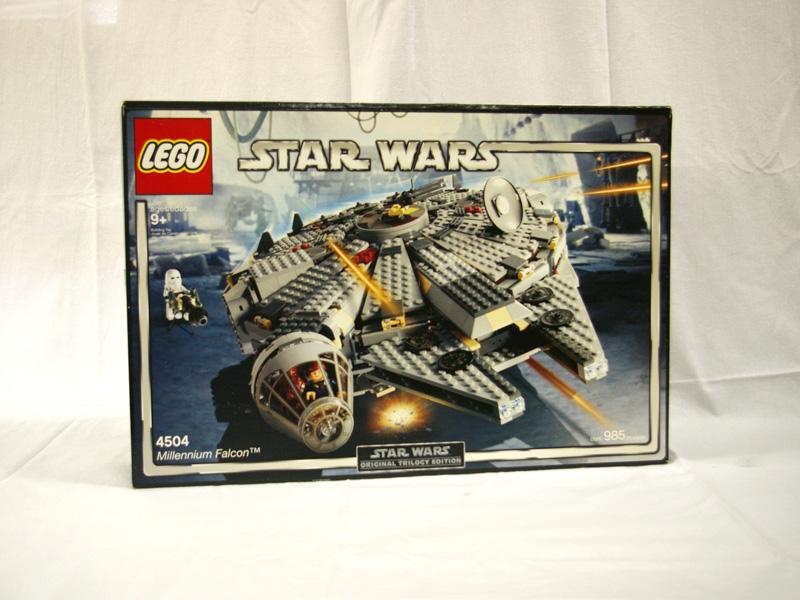 #4504 レゴ ミレニアムファルコン