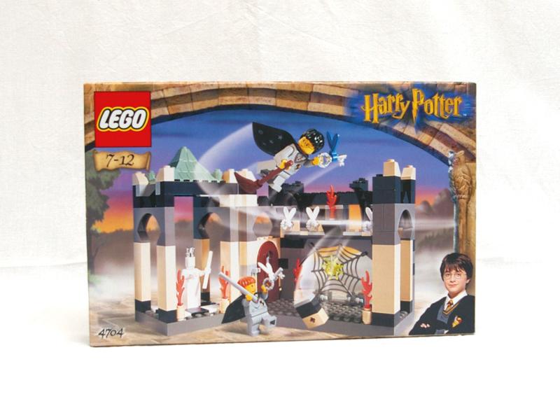 #4704 レゴ 羽のついたカギの部屋
