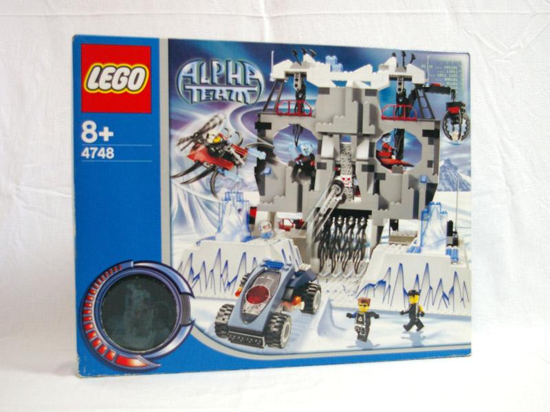 #4748 レゴ オグルの秘密基地