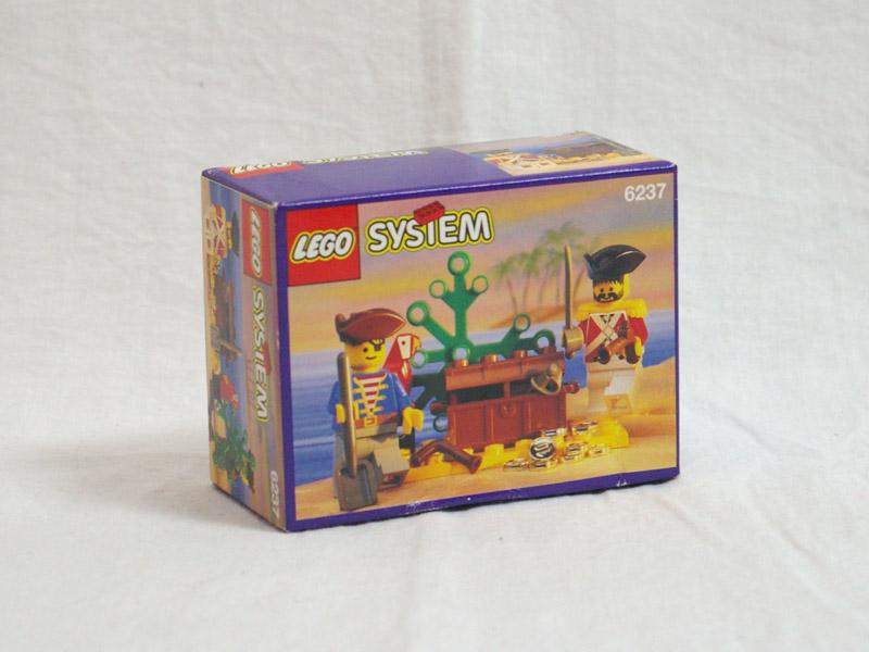 #6237 レゴ 宝箱と人形