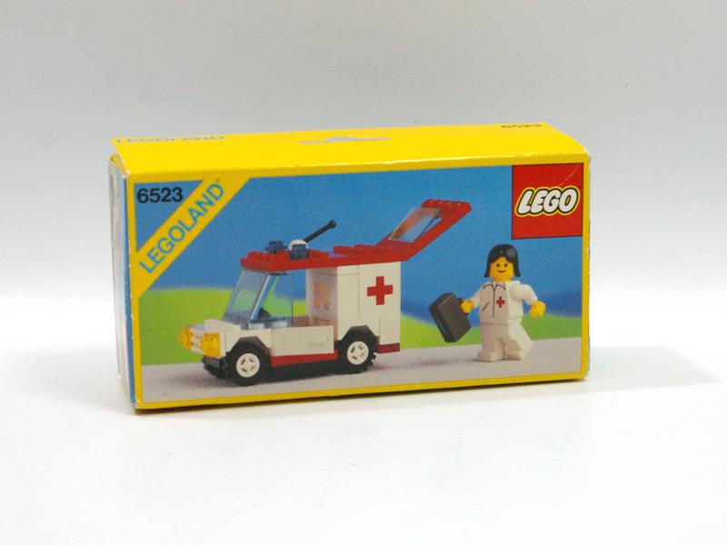 #6523 レゴ お医者さんの車