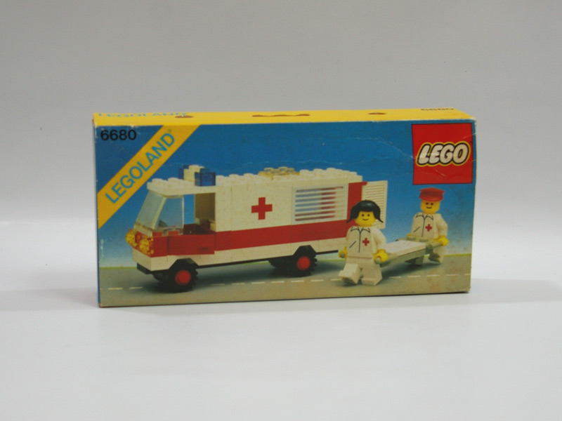 #6680 レゴ 救急車
