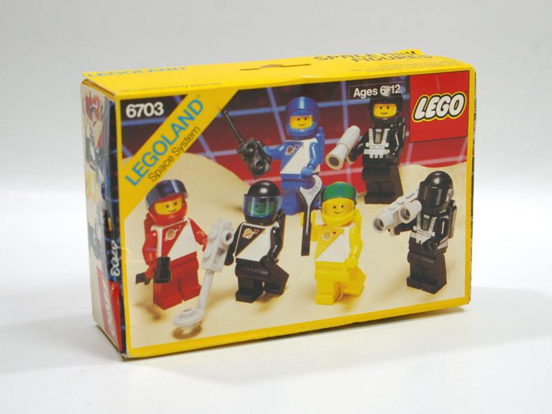 #6703 レゴ 人形セット