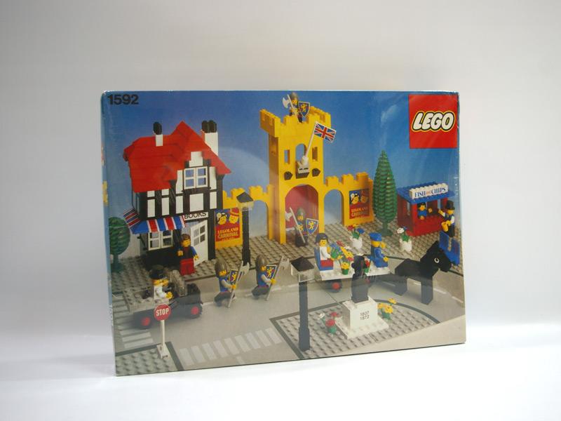 #1592 レゴ タウンスクエア お城の情景