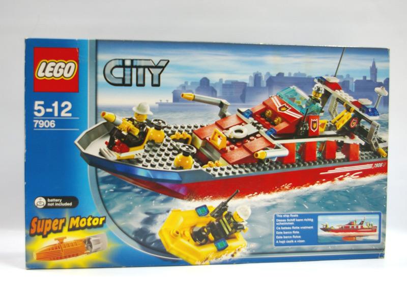 #7906 レゴ 消防ボート